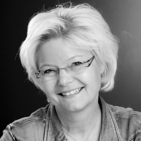 Simone Anderson head